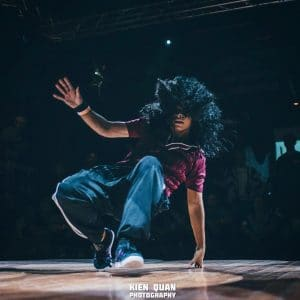 Girl breakdancing
